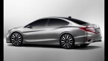 Novo sedã médio: Versão de produção do Honda Concept C é flagrado na China