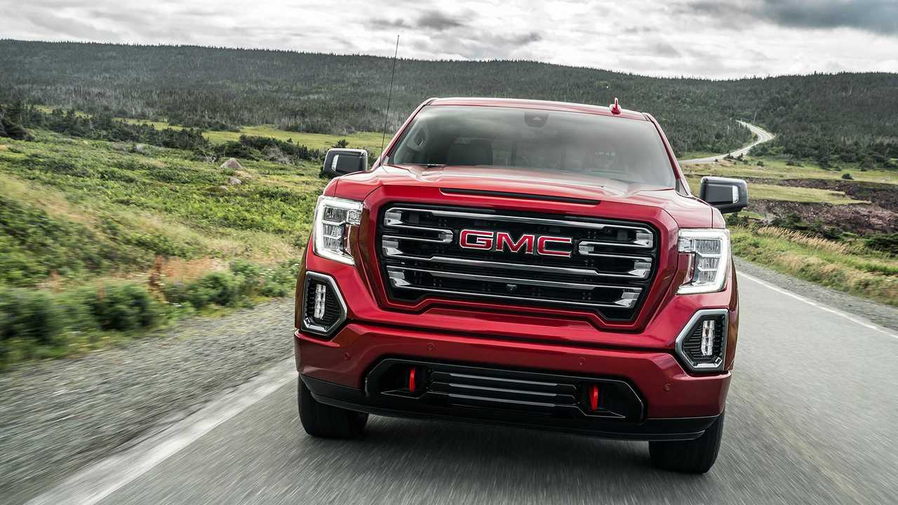 GMC Sierra AT4 Gains Muscle With New Off-Road Performance