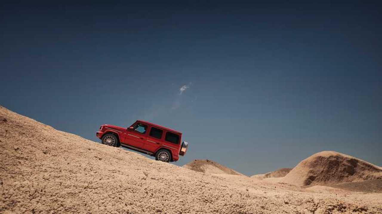 Mercedes G-Serisi'nin Yer Çekimine Meydan Okuduğu Reklam Filmi