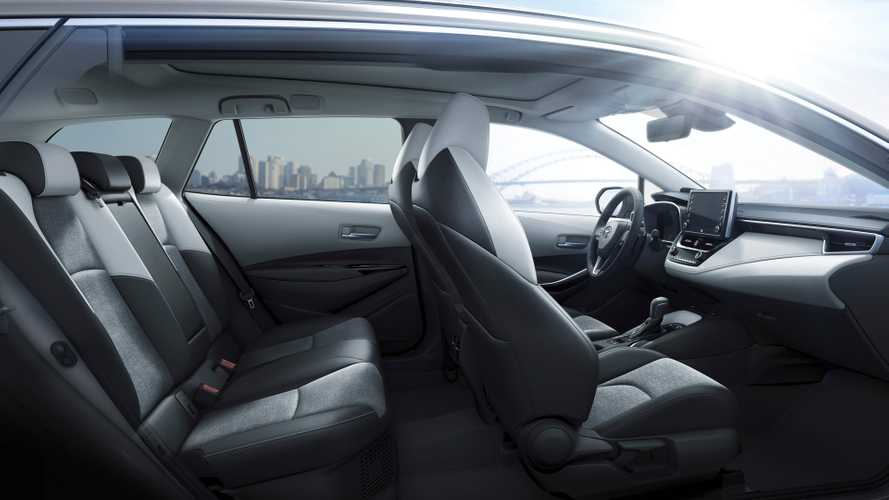 Nuova Toyota Corolla Touring Sports Hybrid