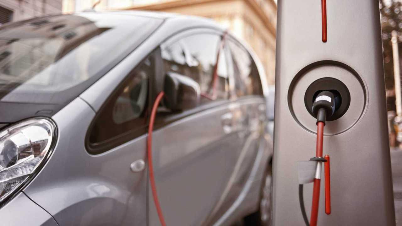 Sei milioni di auto elettrificate entro il 2030