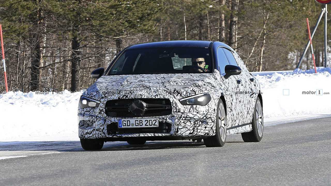 mercedes amg cla 35 shooting brake spied update. Black Bedroom Furniture Sets. Home Design Ideas