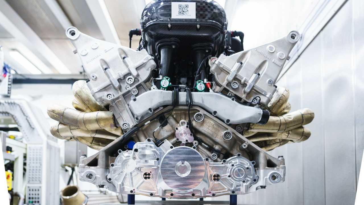 Aston Martin Valkyrie's Cosworth V12 engine