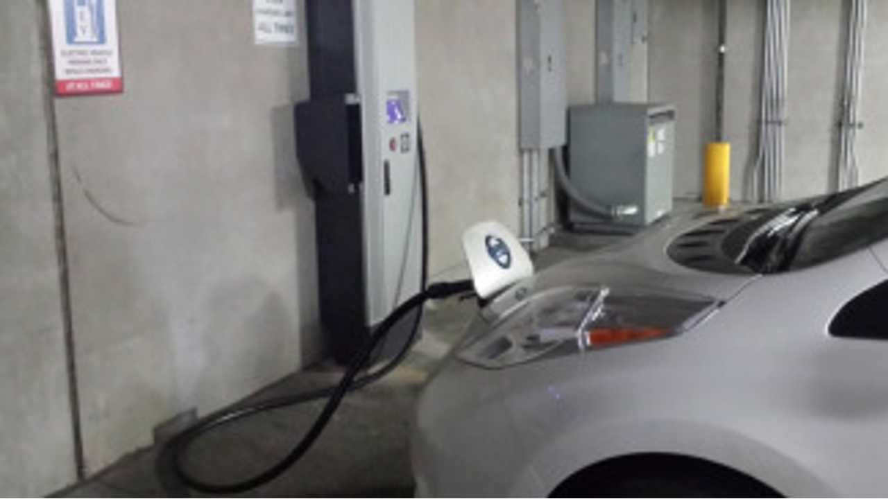 Denver, Colorado Gets Its First (And Second) DC Quick Charger