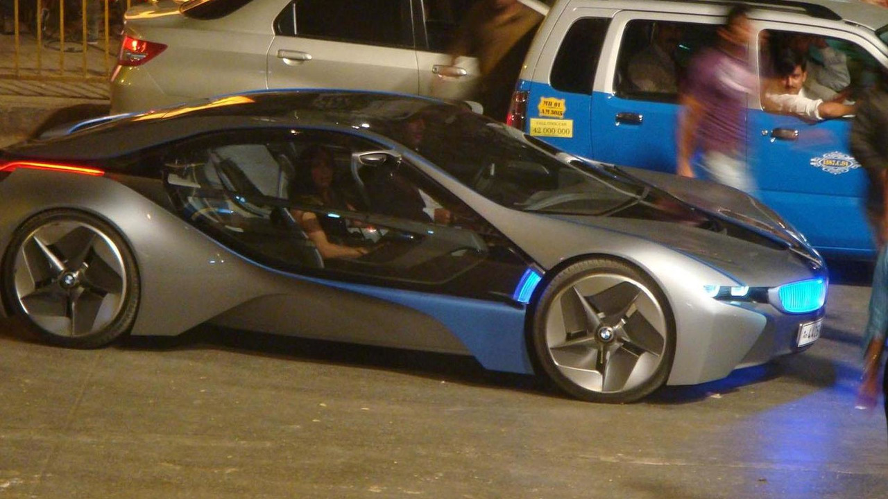 BMW i8 spied on Mission Impossible 4 set - 26.4.2011