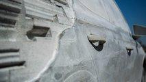 Seat Arona, un scultura in cemento