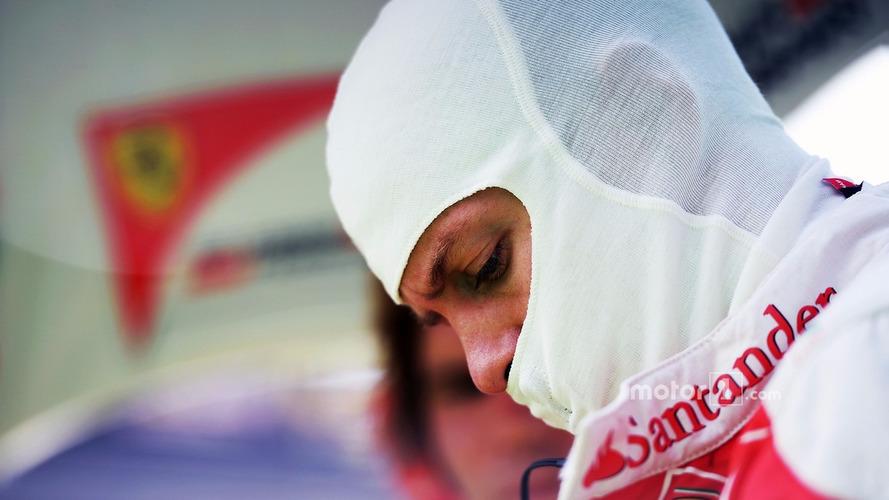 Vettel apologies to Whiting for Verstappen radio outburst