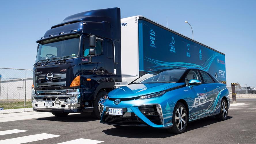 Toyota Avustralya hareketli bir hidrojen dolum istasyonu kurdu