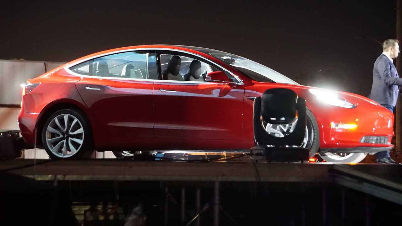 Tesla Model 3 Production Heating Up As Q3 Ends