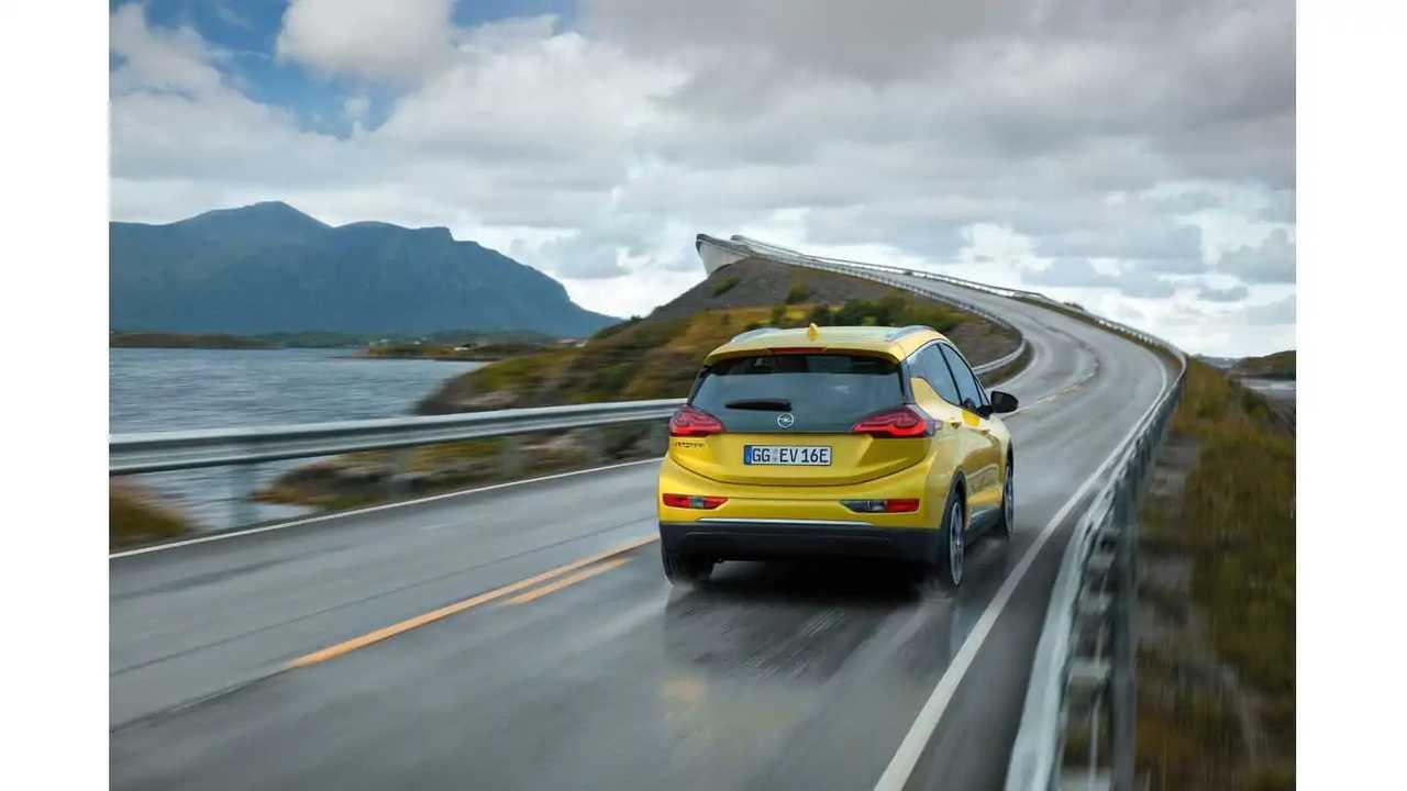 Opel Ampera-e (wallpaper 2,560 x 1,700+)
