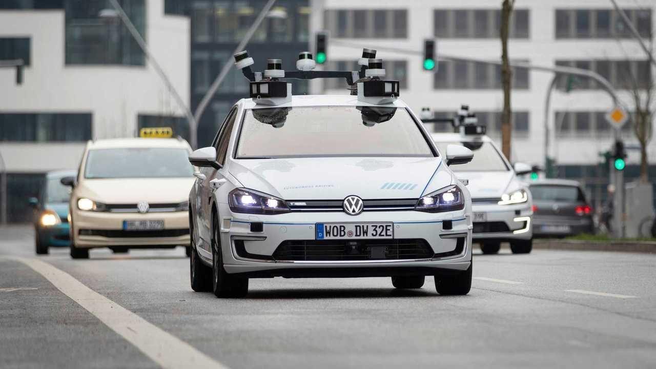 Volkswagen e-Golf guida autonoma
