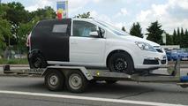 All New Opel Meriva spy photo