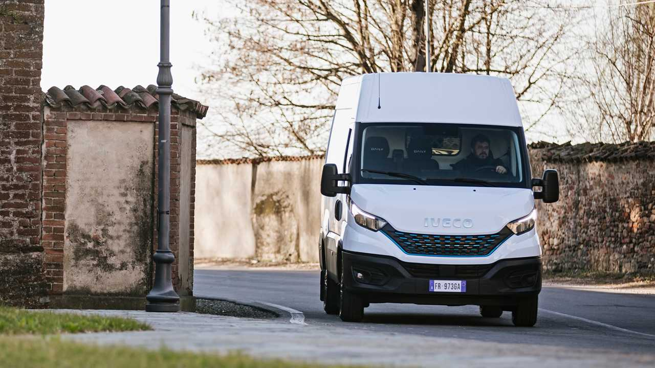 Nuovo Iveco Daily Restyling_Van