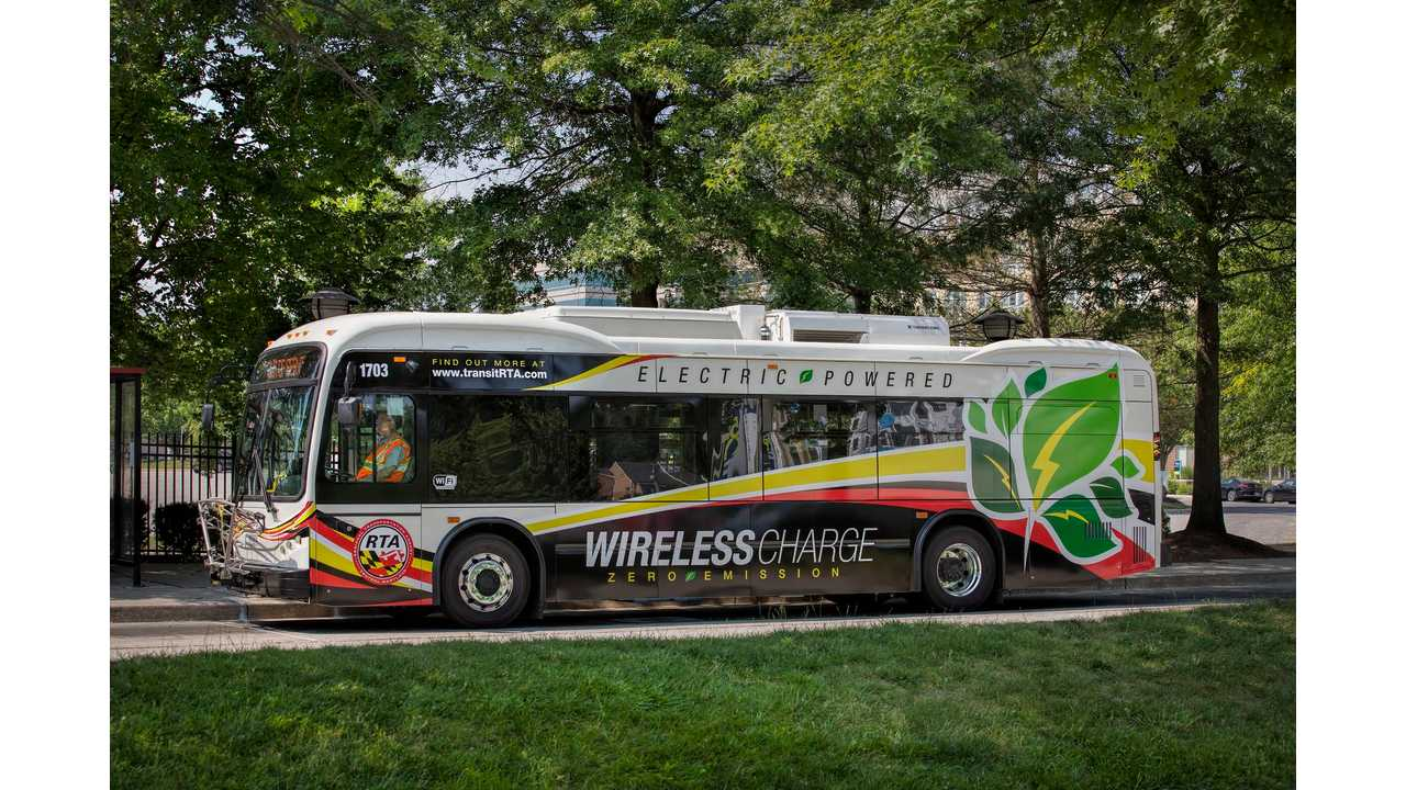 All-electric bus on wireless charging location at The Mall in Columbia (Maryland)
