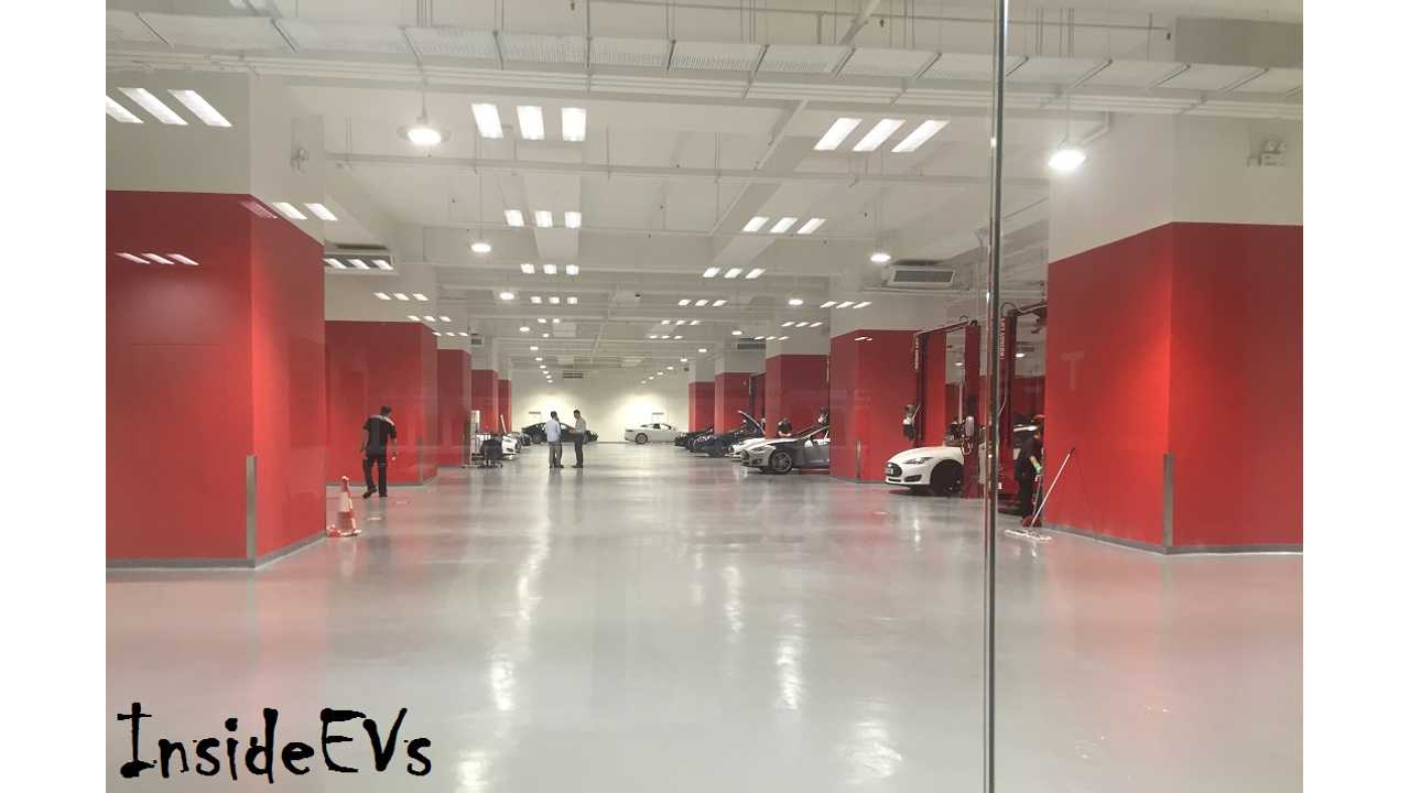 In Preparation For Model 3 Launch, Tesla Makes Moves On Repair Front