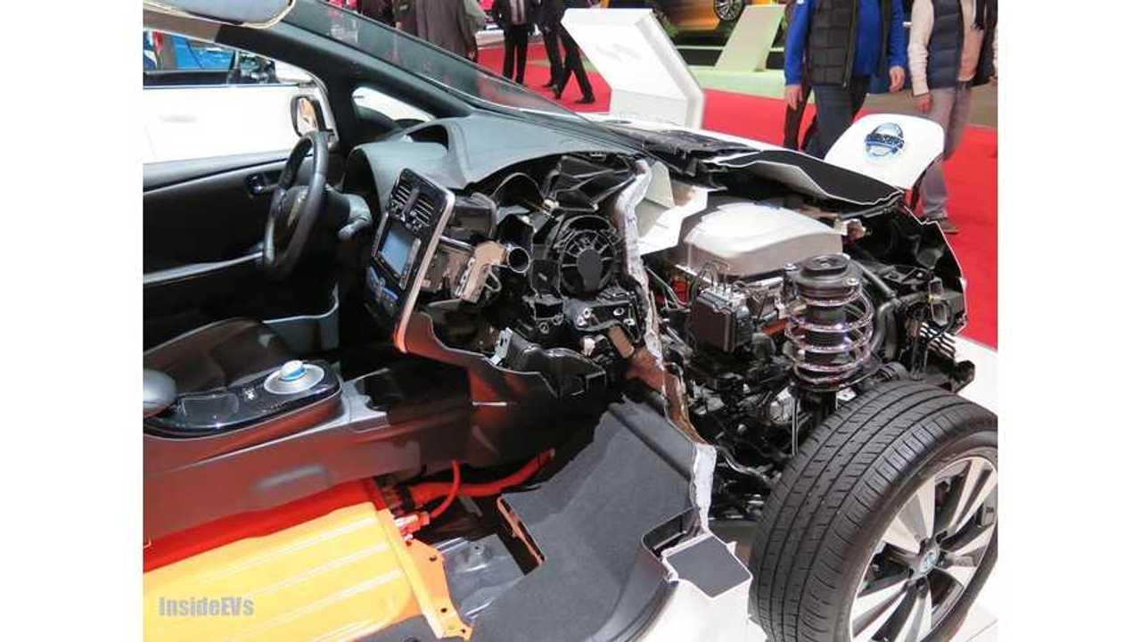 Nissan LEAF cutaway Geneva 2
