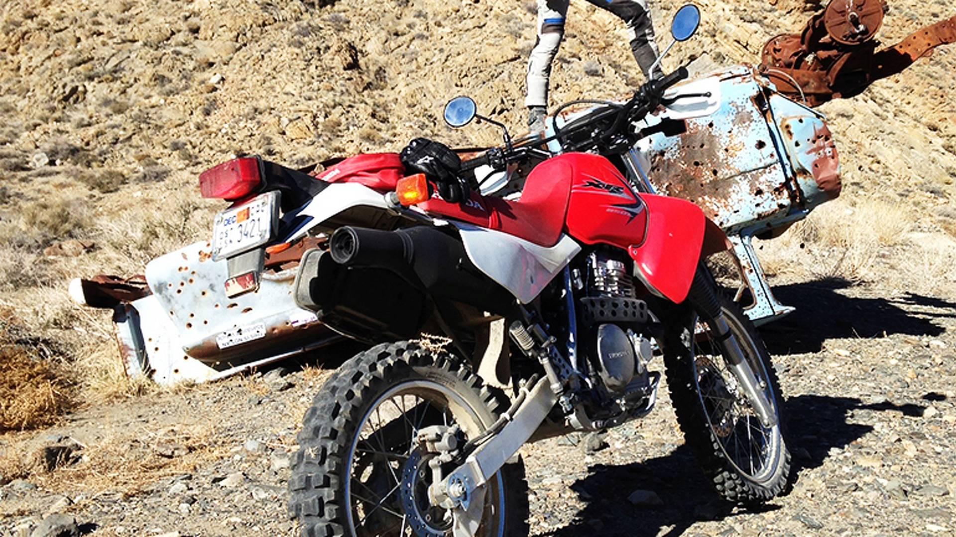 2014 Honda XR650L Review   RideApart.com Photos