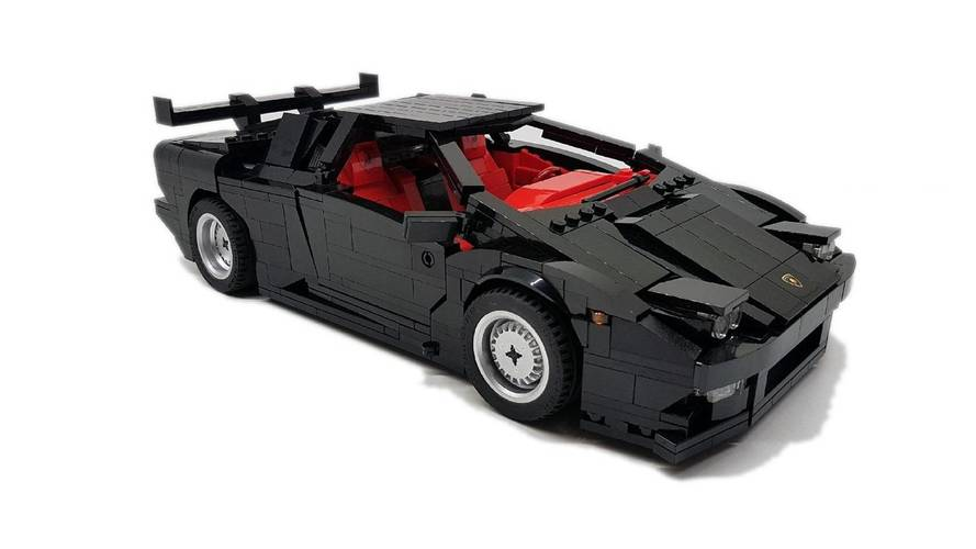 Lamborghini Diablo Lego build