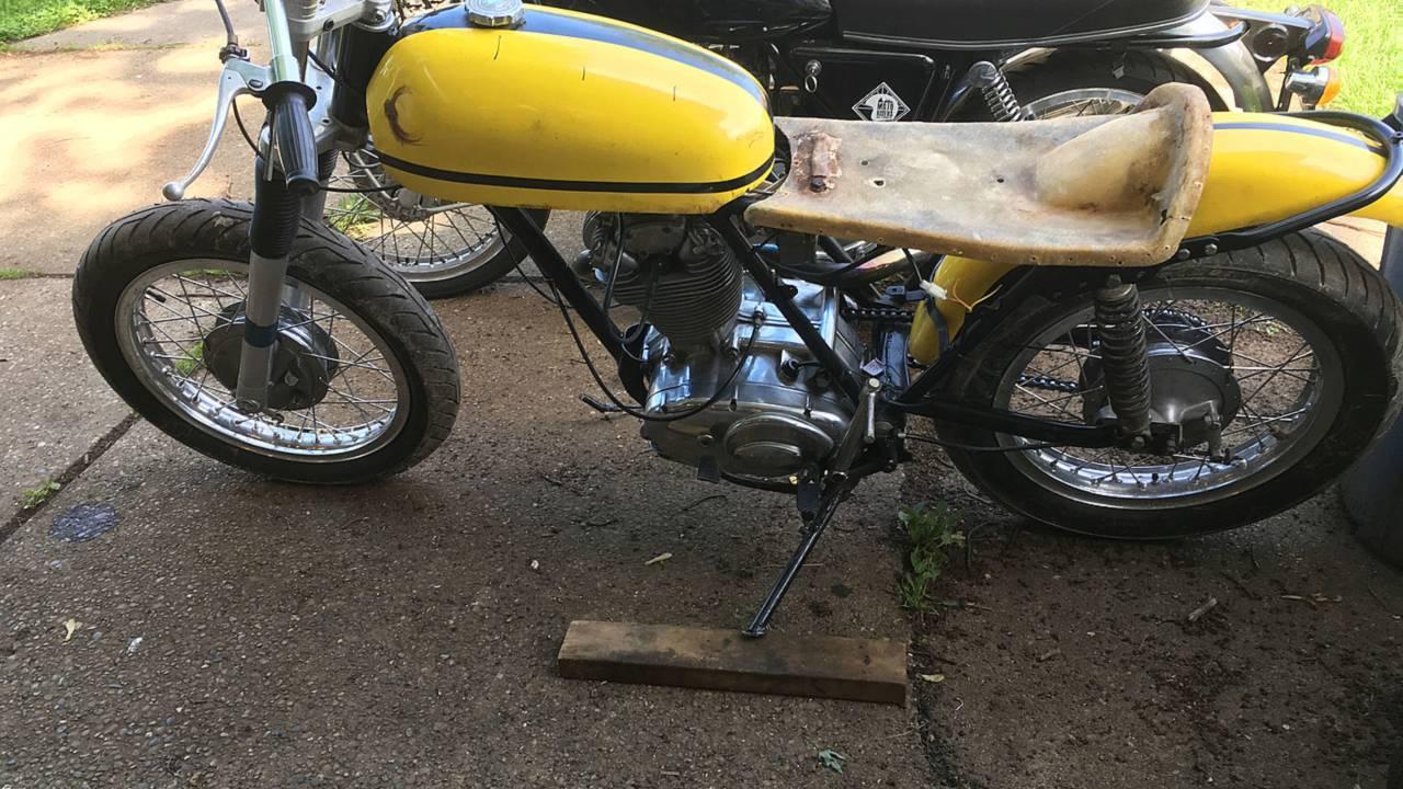 1974 Ducati. Am I losing my mind?