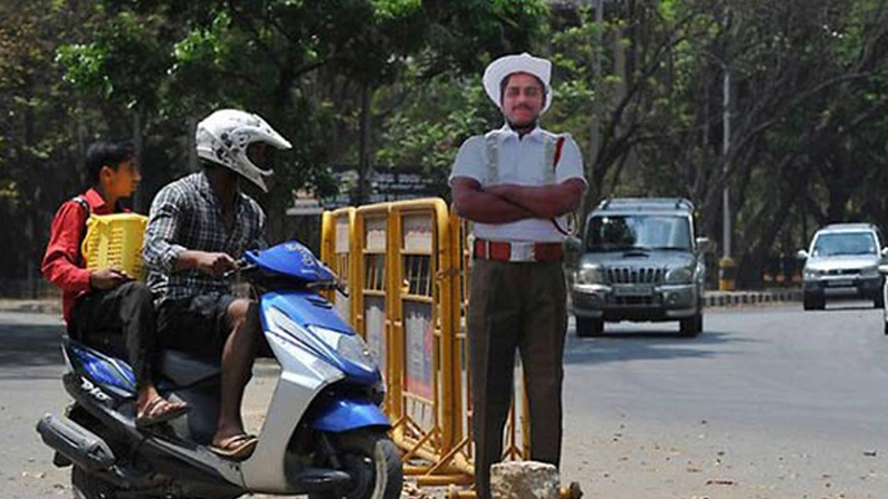 India's Cardboard Traffic Cops