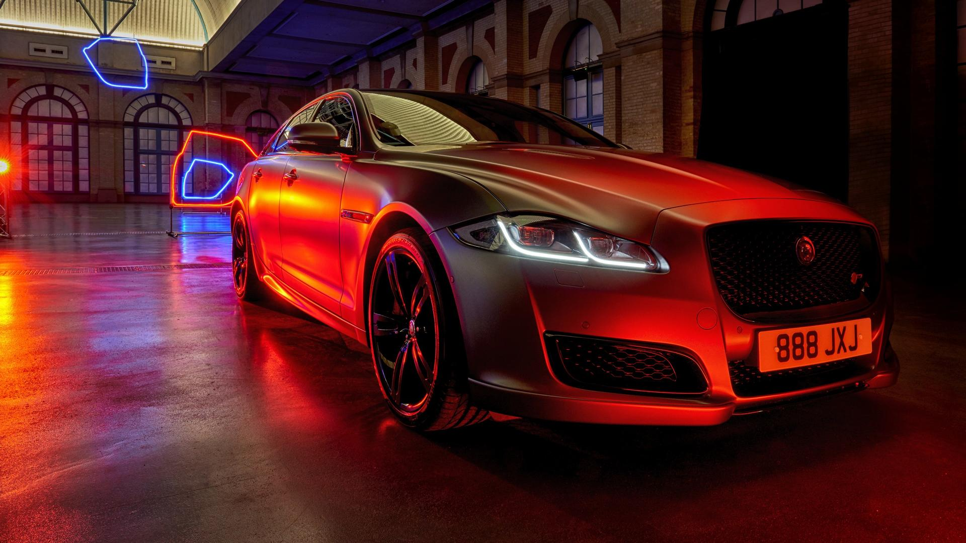 Auto Jaguar 2019 - Polkie Island