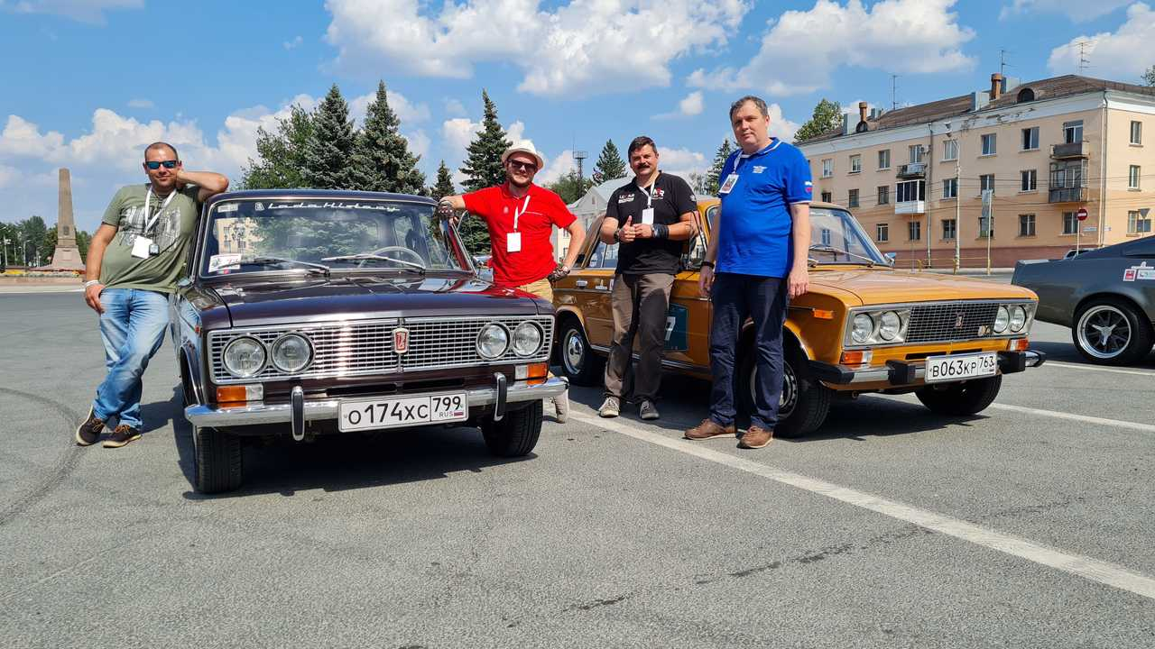 Экипаж Motor1 на ретроралли «Жигули-2021»