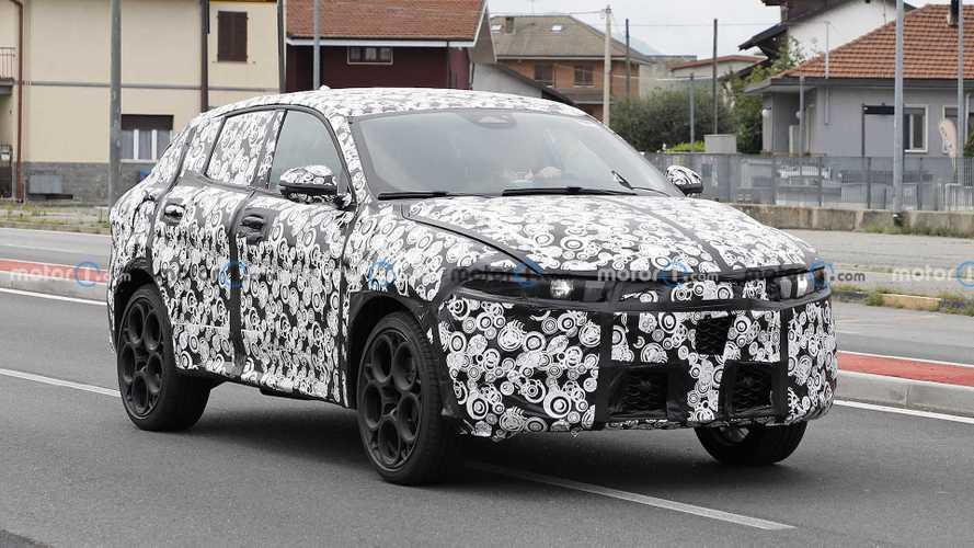 Alfa Romeo Tonale, alcuni dettagli svelati dalle nuove foto