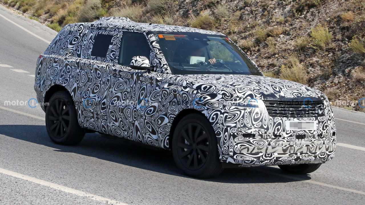 New Range Rover spied in PHEV setup