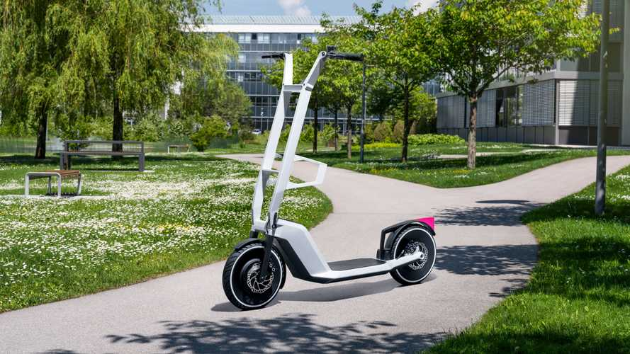 BMW Dynamic Cargo e Clever Commute