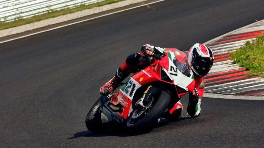 Ducati Panigale V2 Bayliss 1st Championship 20th Anniversary Edition