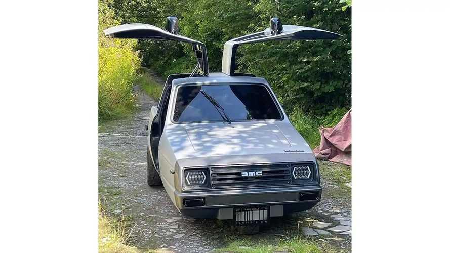 C'est le retour de la DeLorean, mais il lui manque une roue !