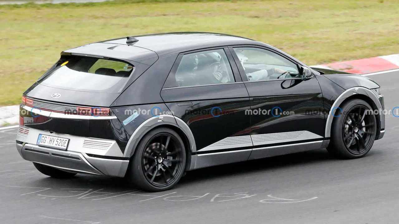 Hyundai Ioniq 5 N, le foto spia