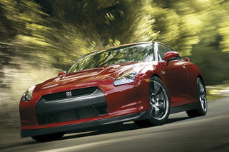 2015 Nissan GT-R Nismo: 0 to 60 in Two Seconds Flat?