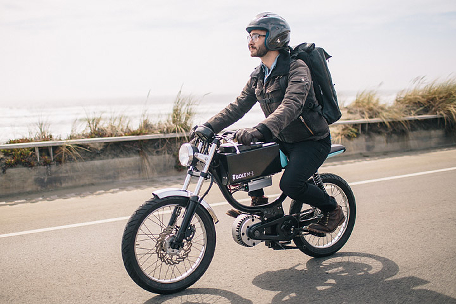 The Bolt M 1 Blends Motorcycle And E Bike In One Cool Package