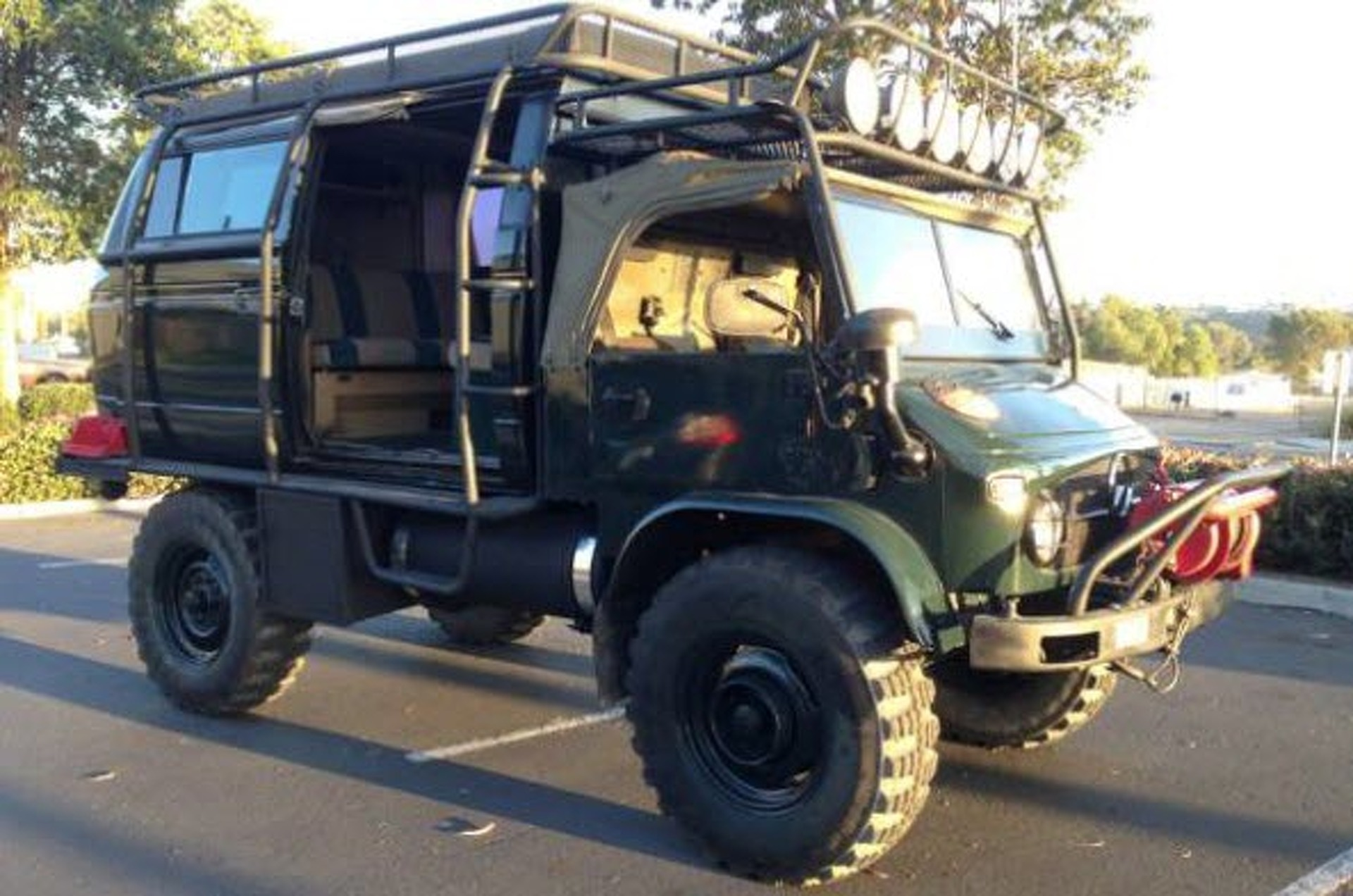 Unimog For Sale >> Cdn Motor1 Com Images Mgl Egl7w S1 Classified Of T