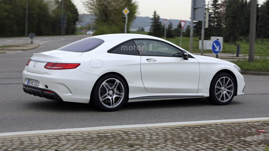 Mysterious Mercedes test mule spy photos
