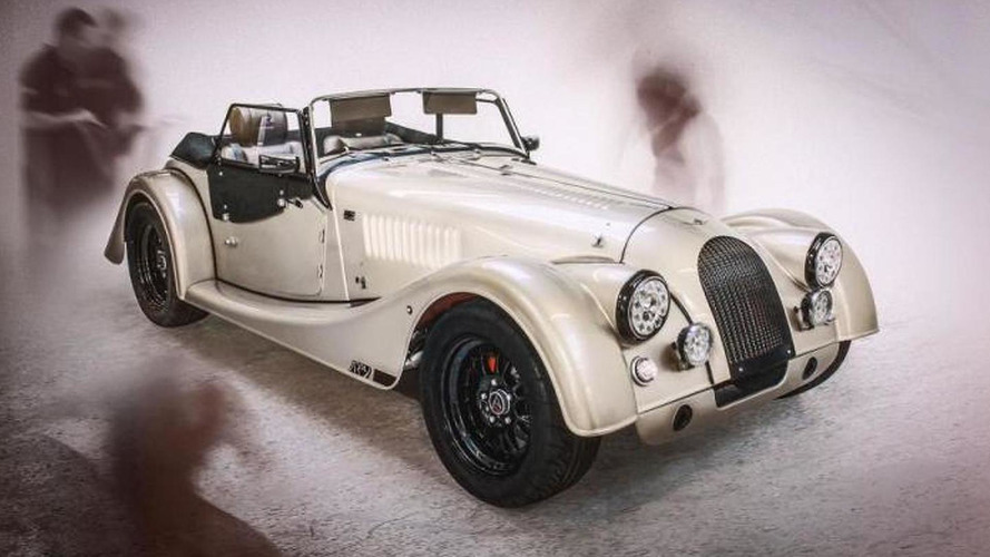 Morgan AR Plus 4 debuts at Silverstone Classic with 225 bhp Cosworth engine