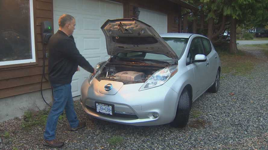 Canadian Nissan Leaf Owner Cannot Get A New Battery Pack For His EV