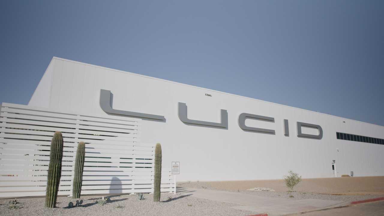 Завод Lucid в Аризоне