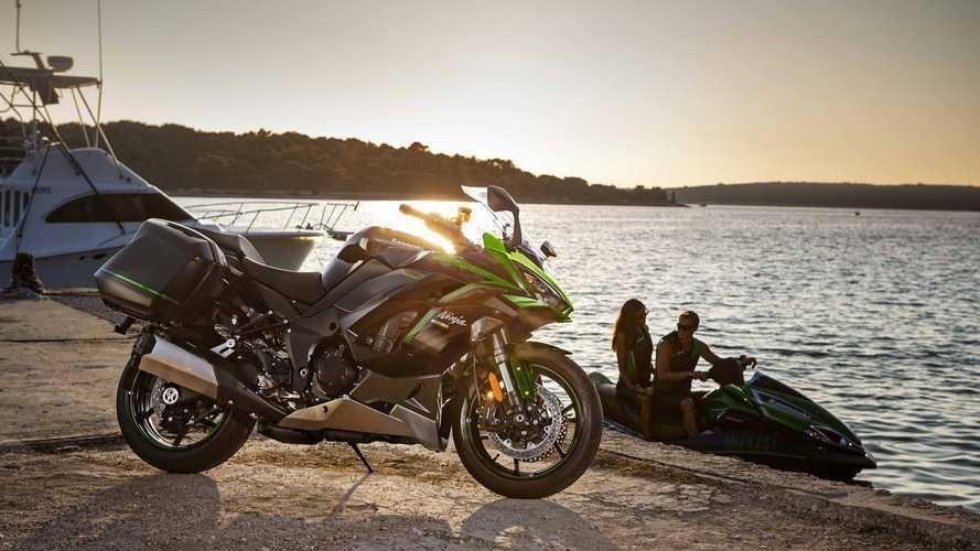 Kawasaki: nuovi colori per Z900, Ninja 1000 SX e Vulcan S 2021