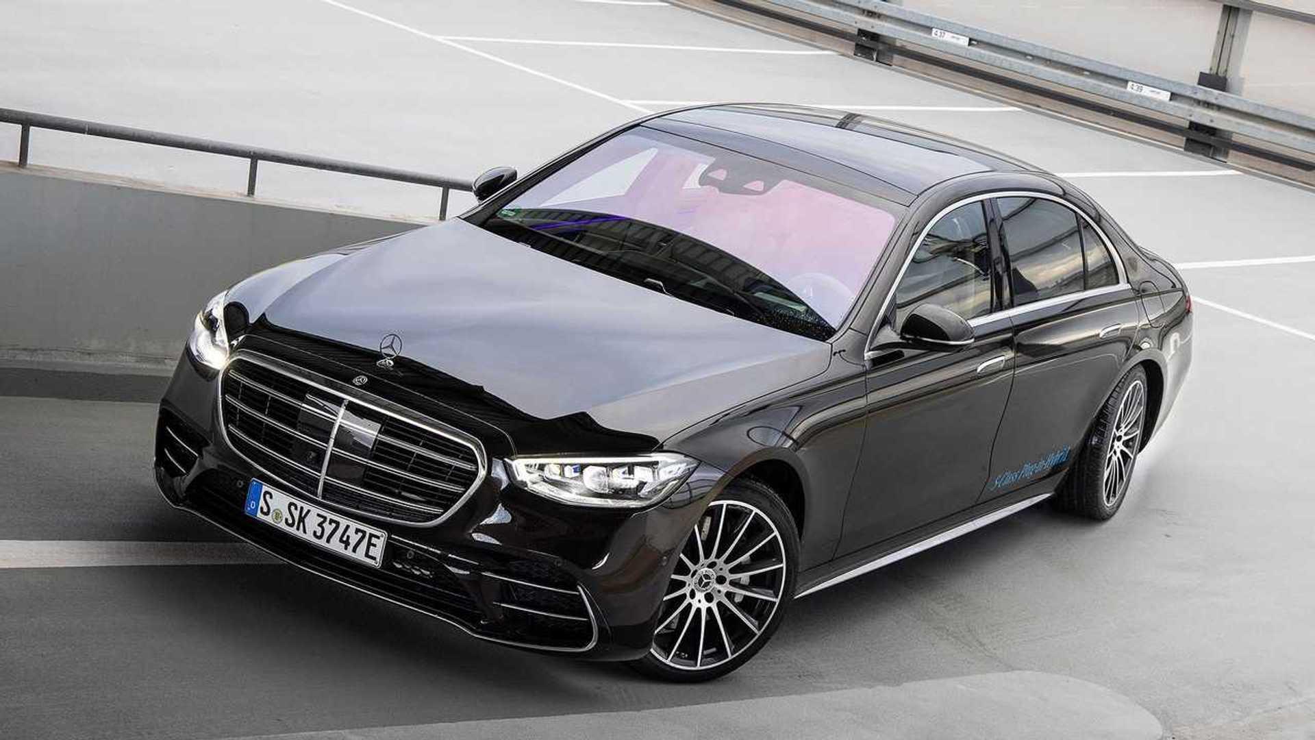 Mercedes S-Class 2021 года уже отзывают из-за проблем с рулевым управлением