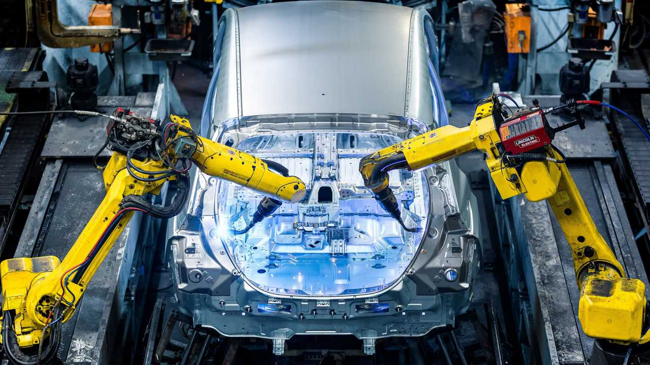 Nissan LEAF production in Sunderland, UK