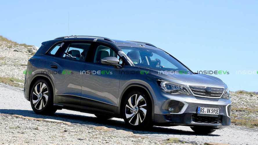 Volkswagen ID.6: SUV elétrico de 7 lugares é flagrado pela 1ª vez