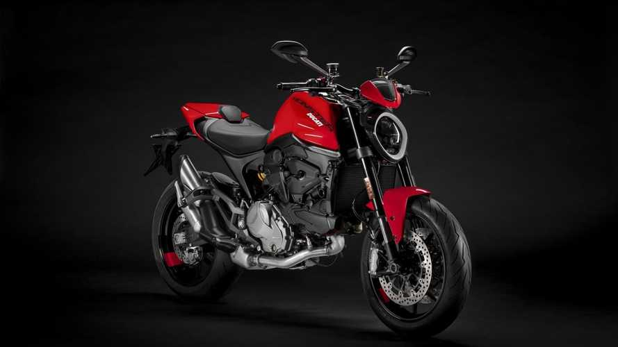 Nova Ducati Monster 2021 fica mais leve, potente e com design agressivo