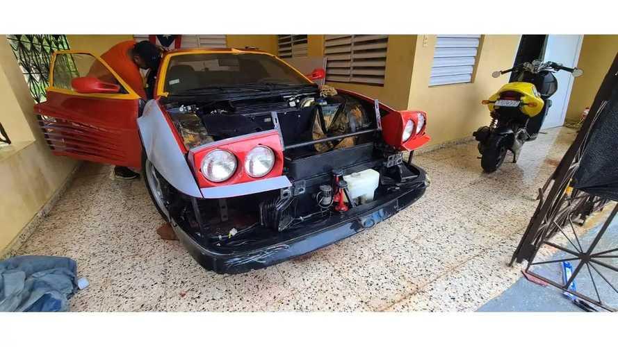 Restauración de un Ferrari Testarossa abandonado
