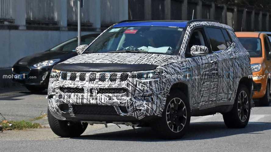 Makyajlı Jeep Compass prototipleri kamuflajlarını atmaya başladı