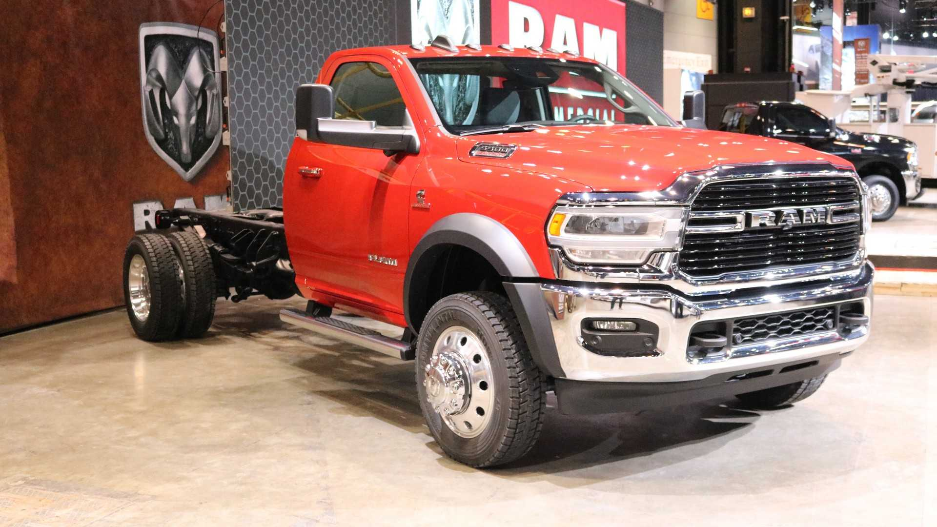 2019 Ram Chassis Cab Combines Fresh Face With Luxury And Power