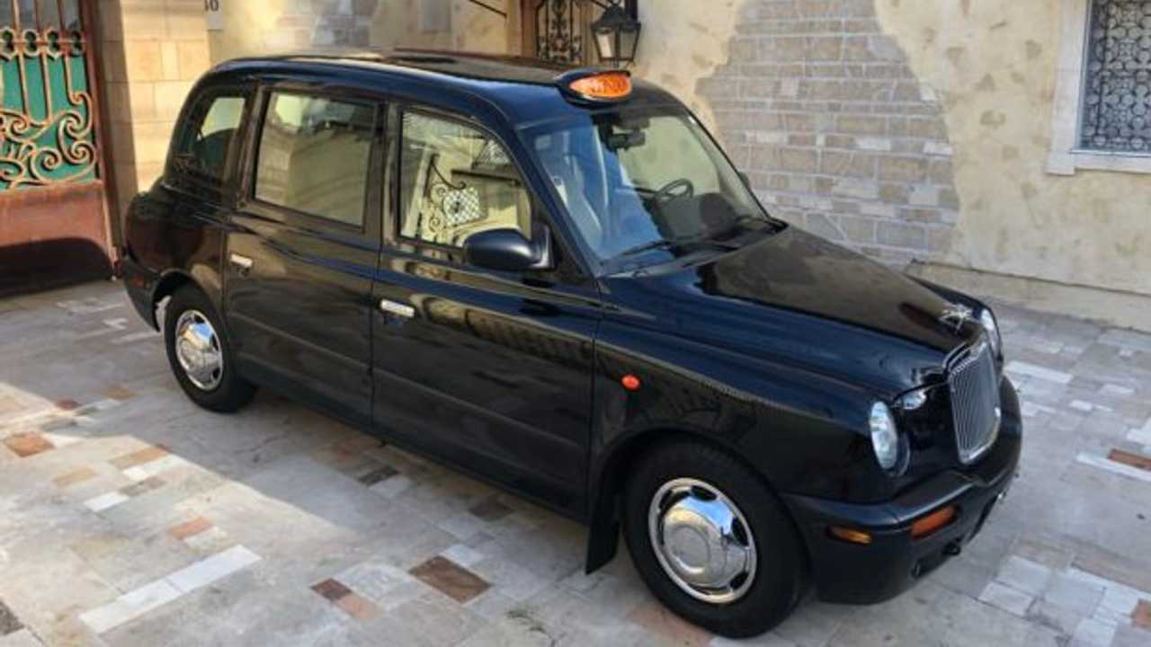 2002 LTI TXII London Taxi Burberry Edition – current bid at $25,000
