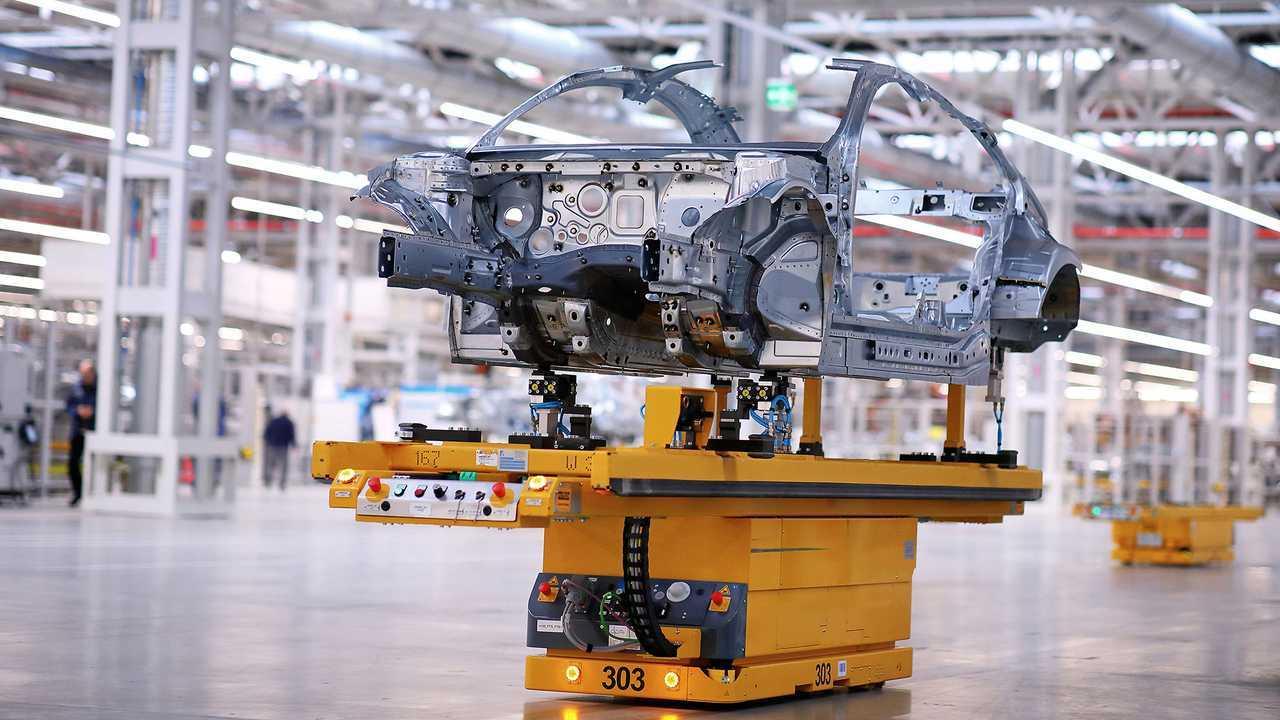 2019 Mercedes-Benz CLA-Serisi'nin Üretimine Başlandı