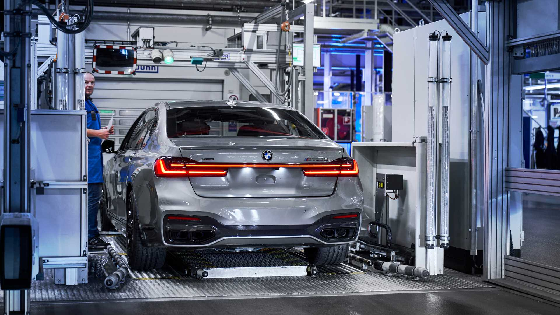 2020 Bmw 7 Series Facelift Hits The Assembly Line As M760li